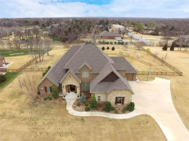 2522 La Belle Rue, Edmond, OK 73034 (MLS #941578) :: Homestead & Co