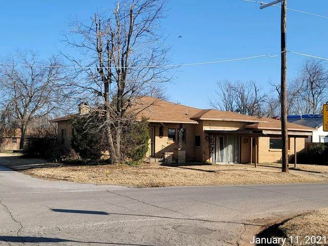 1601 S 1st Street, Chickasha, OK 73018 (MLS #941609) :: Erhardt Group at Keller Williams Mulinix OKC