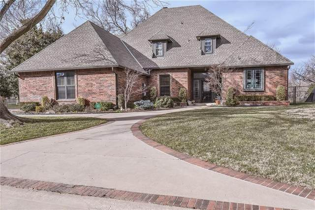 9841 Stonebridge Drive, Yukon, OK 73099 (MLS #941705) :: ClearPoint Realty