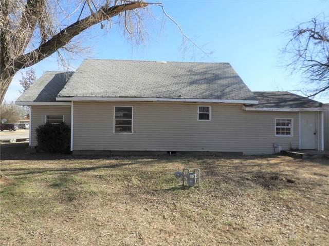 513 SW Caddo Street, Minco, OK 73059 (MLS #941924) :: Homestead & Co