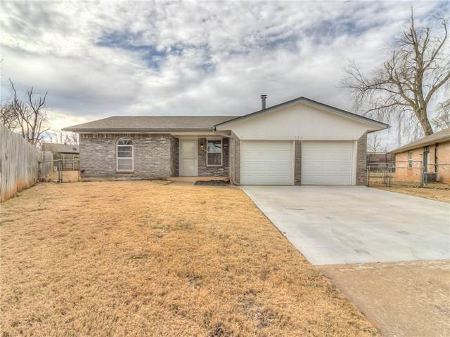 729 S Glen Lane Court, Mustang, OK 73064 (MLS #941942) :: Homestead & Co