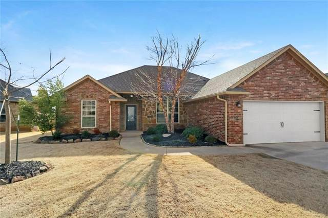 18401 Haslemere Lane, Edmond, OK 73012 (MLS #941943) :: Homestead & Co