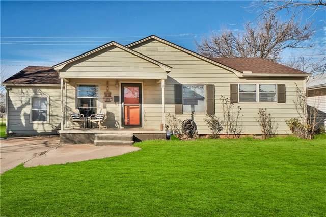 819 E Sycamore Avenue, Altus, OK 73521 (MLS #942096) :: The UB Home Team at Whittington Realty