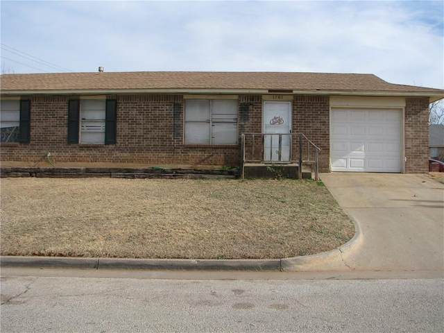 1701 SE 52nd Street, Oklahoma City, OK 73129 (MLS #942198) :: The UB Home Team at Whittington Realty