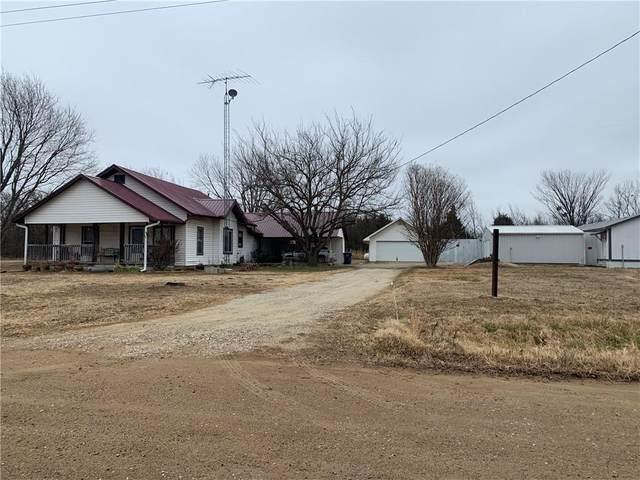 2706 Ns 382 Road, Wetumka, OK 74883 (MLS #942224) :: Homestead & Co