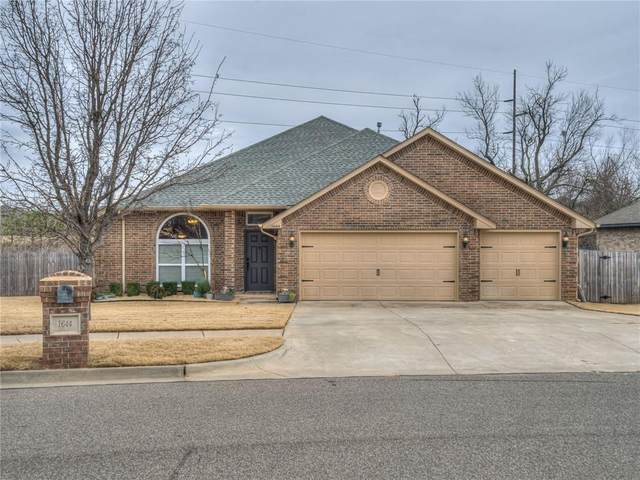 1644 Central Parkway, Norman, OK 73071 (MLS #942341) :: Homestead & Co