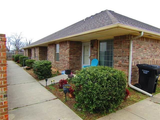 305 NE 3rd Street, Moore, OK 73160 (MLS #942350) :: Keller Williams Realty Elite