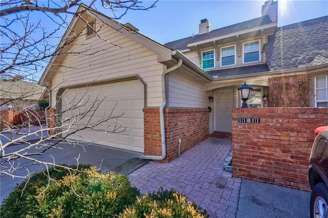 11811 Red Oak Way, Oklahoma City, OK 73162 (MLS #942366) :: Homestead & Co