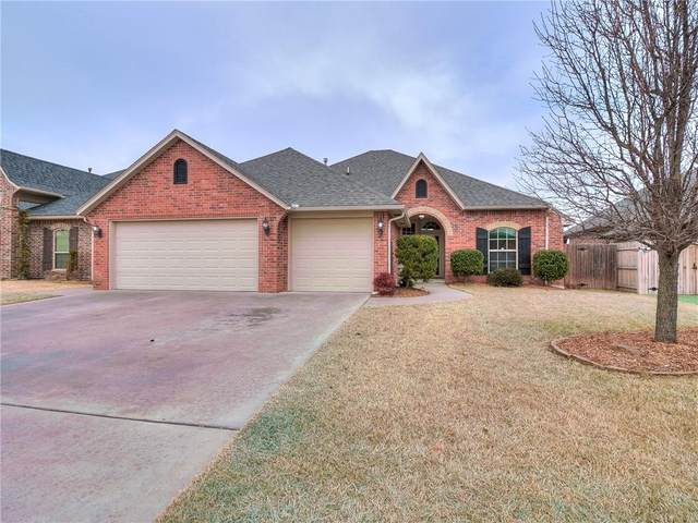 209 SW 172nd Street, Oklahoma City, OK 73170 (MLS #942368) :: Homestead & Co