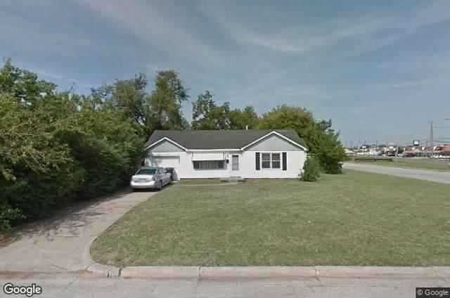 2901 W Fairfield Avenue, Oklahoma City, OK 73116 (MLS #942441) :: The UB Home Team at Whittington Realty