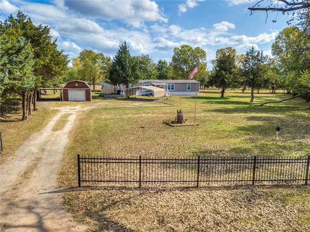 2500 Del Rio Drive, Yukon, OK 73099 (MLS #942520) :: The UB Home Team at Whittington Realty