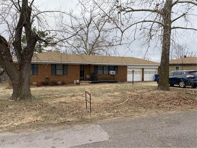 2105 Gloria Place, Guthrie, OK 73044 (MLS #942545) :: The UB Home Team at Whittington Realty