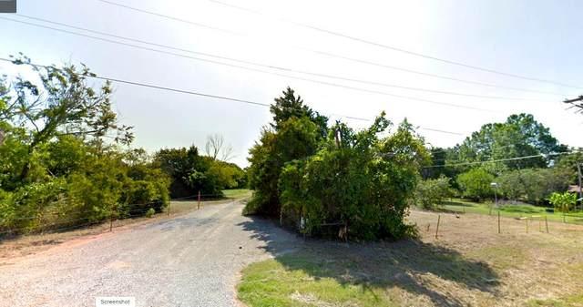 400 Lilac Drive, Edmond, OK 73034 (MLS #942709) :: Homestead & Co