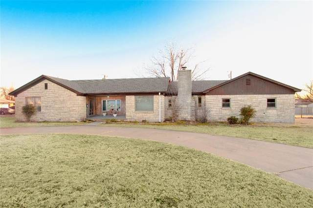 1502 W Modelle, Clinton, OK 73601 (MLS #942750) :: Your H.O.M.E. Team
