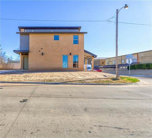 802 E Lockheed Drive, Midwest City, OK 73110 (MLS #942883) :: KG Realty