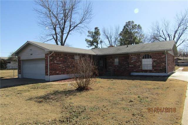 1621 Park Avenue, Chickasha, OK 73018 (MLS #944960) :: Your H.O.M.E. Team