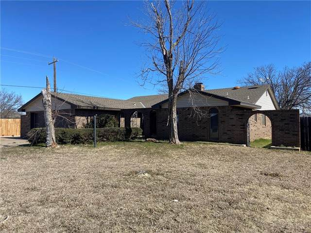 1624 N 14th Street, Frederick, OK 73542 (MLS #945175) :: Erhardt Group at Keller Williams Mulinix OKC