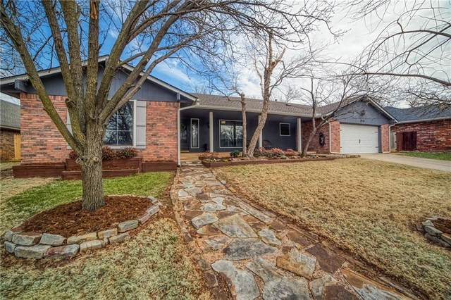2020 Cedar Ridge Road, Edmond, OK 73013 (MLS #945727) :: Homestead & Co