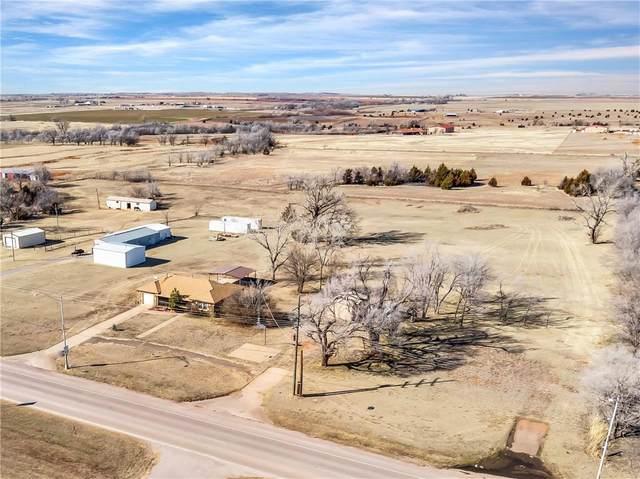 2201 E State Hwy 66, Elk City, OK 73644 (MLS #946905) :: Homestead & Co