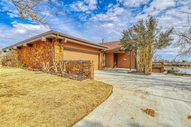 10202 Shadowview Drive, Oklahoma City, OK 73159 (MLS #947018) :: The UB Home Team at Whittington Realty