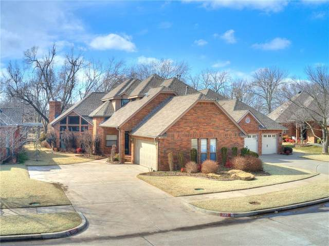 3212 Riviera Drive, Norman, OK 73072 (MLS #947024) :: The UB Home Team at Whittington Realty