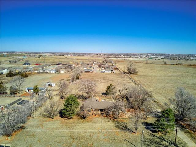 721 W Lakeview Road, Elk City, OK 73644 (MLS #947152) :: The UB Home Team at Whittington Realty