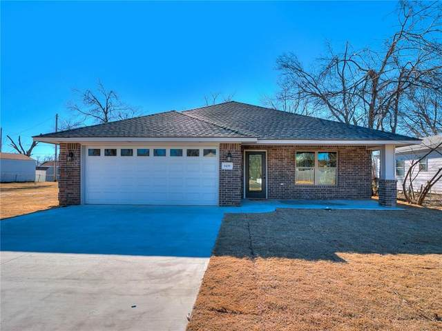 1439 Maple Drive, Midwest City, OK 73110 (MLS #947759) :: The UB Home Team at Whittington Realty