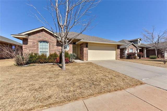 11609 SW 10th Street, Yukon, OK 73099 (MLS #947821) :: The UB Home Team at Whittington Realty