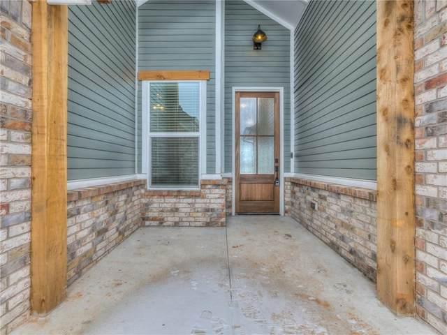 821 E Barajas Terrace, Mustang, OK 73064 (MLS #948127) :: KG Realty