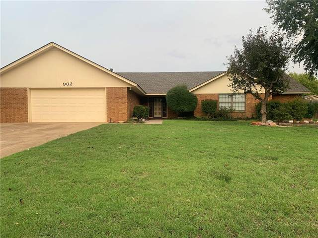902 Lera Lane, Elk City, OK 73644 (MLS #948625) :: Keller Williams Realty Elite