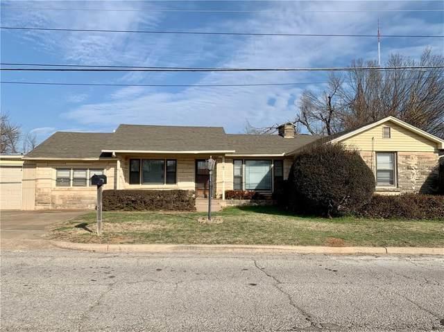3409 S 4th Street, Chickasha, OK 73018 (MLS #949993) :: Homestead & Co
