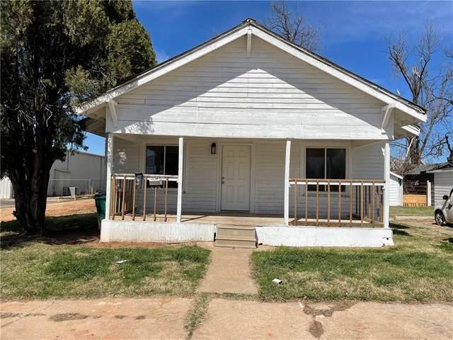 215 SE 38th Street, Oklahoma City, OK 73129 (MLS #950182) :: Erhardt Group at Keller Williams Mulinix OKC