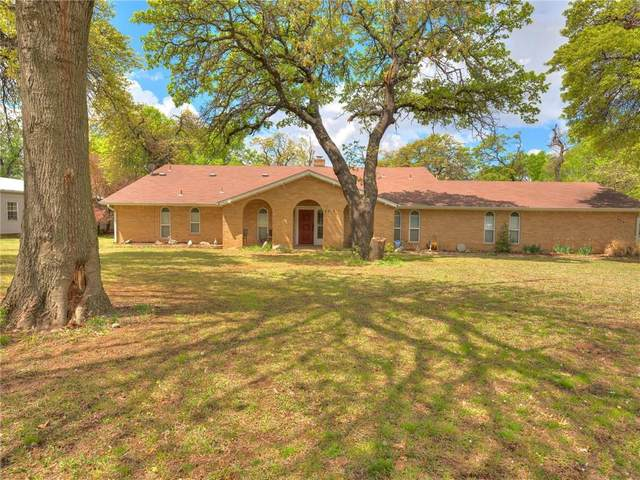 355 N King Avenue, Midwest City, OK 73130 (MLS #950953) :: The UB Home Team at Whittington Realty