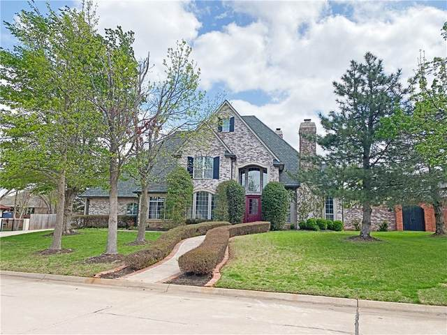 19100 Saddle River Drive, Edmond, OK 73012 (MLS #951052) :: Homestead & Co