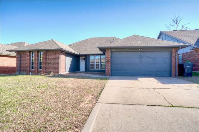 11736 SW 7th Street, Yukon, OK 73099 (MLS #951403) :: Erhardt Group at Keller Williams Mulinix OKC