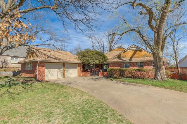 1309 Glenbrook Terrace, Nichols Hills, OK 73116 (MLS #951734) :: Homestead & Co
