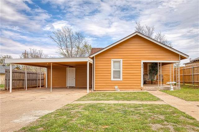312 N Jefferson Avenue, Elk City, OK 73644 (MLS #951956) :: Homestead & Co