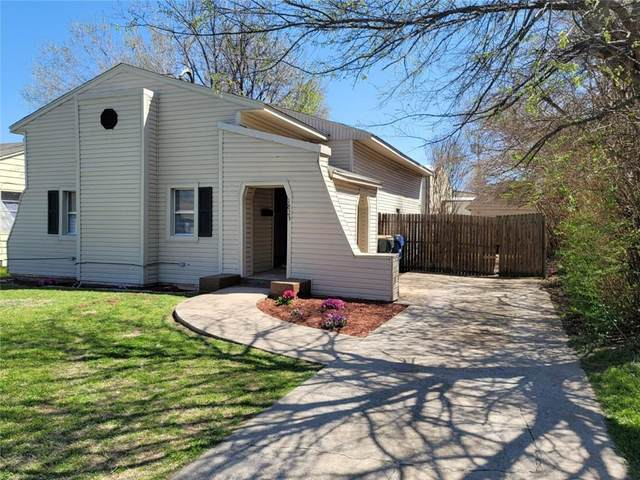 1823 S 14th Street, Chickasha, OK 73018 (MLS #952503) :: Homestead & Co