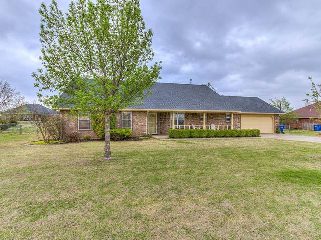 2562 Painted Wagon, Piedmont, OK 73078 (MLS #952822) :: Maven Real Estate