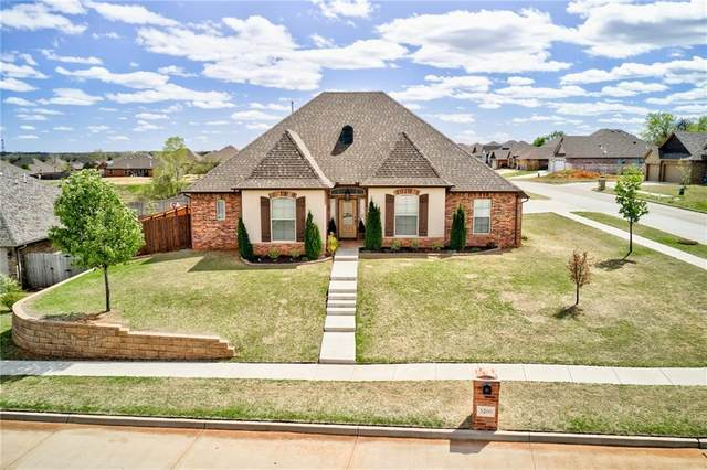 3200 Wood Valley Road, Norman, OK 73071 (MLS #952833) :: Homestead & Co
