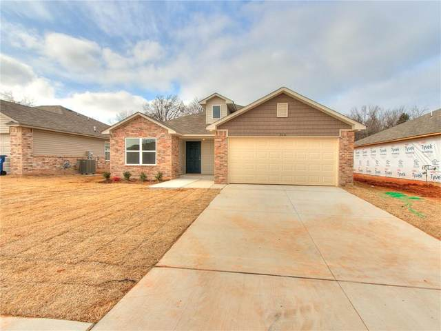 210 Tuscany Circle, Noble, OK 73068 (MLS #953077) :: Erhardt Group at Keller Williams Mulinix OKC