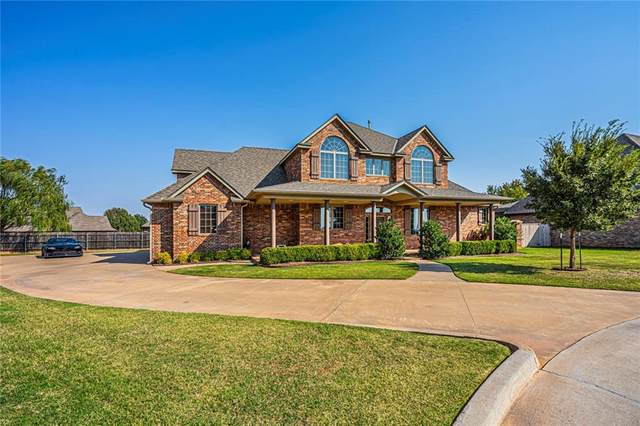 608 Elizabeth Drive, Okarche, OK 73762 (MLS #953247) :: Homestead & Co