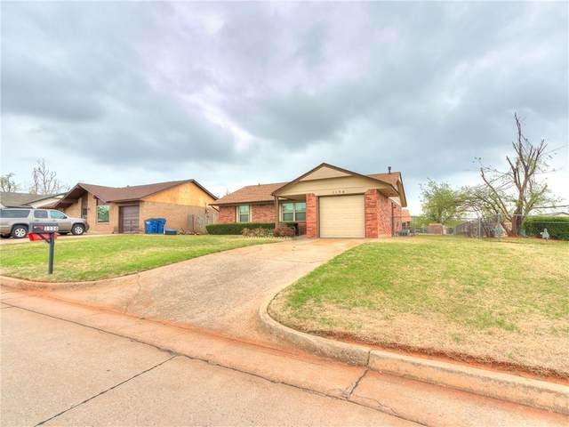 1134 W Griggs Way, Mustang, OK 73064 (MLS #953452) :: Maven Real Estate