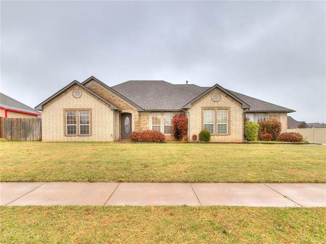 313 N Amethyst Way, Mustang, OK 73064 (MLS #953465) :: Erhardt Group at Keller Williams Mulinix OKC