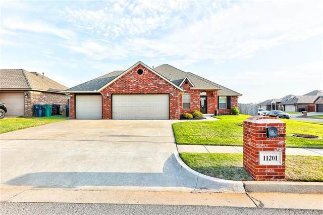 11201 NW 7th Street, Yukon, OK 73099 (MLS #953471) :: Maven Real Estate