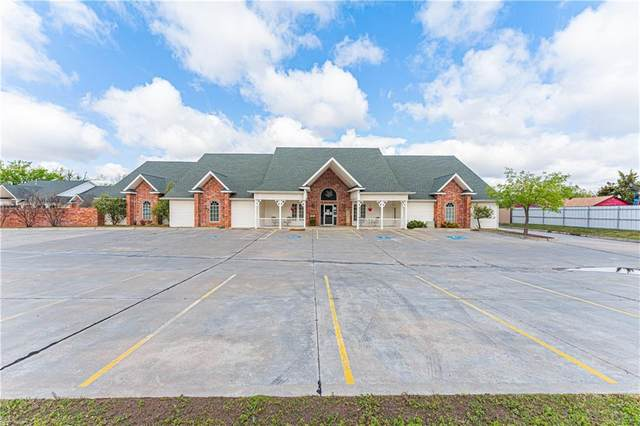 901 S Sooner Road, Del City, OK 73110 (MLS #954101) :: Homestead & Co