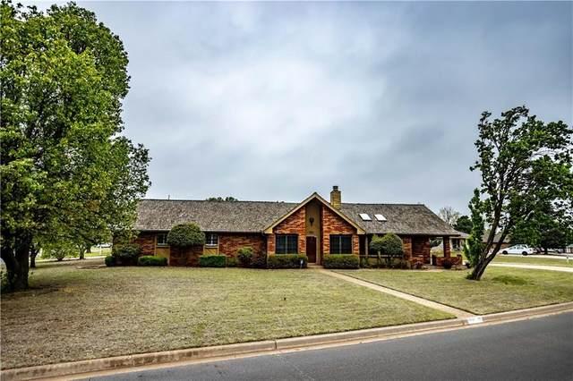 1801 Kristie Lane, Weatherford, OK 73096 (MLS #954253) :: Keller Williams Realty Elite