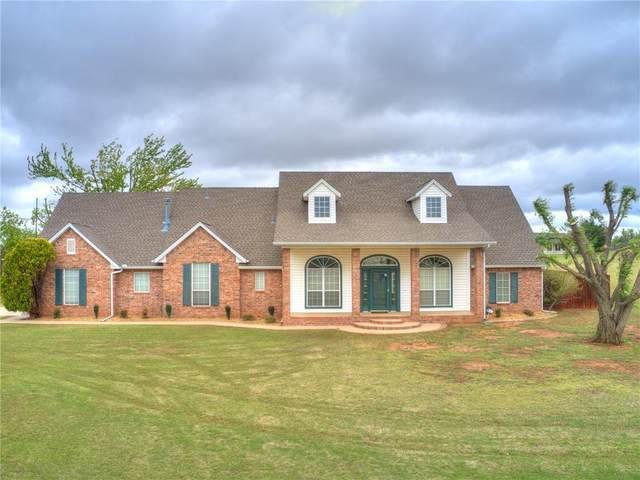 1100 Torre Pines Court, Yukon, OK 73099 (MLS #954444) :: Keller Williams Realty Elite