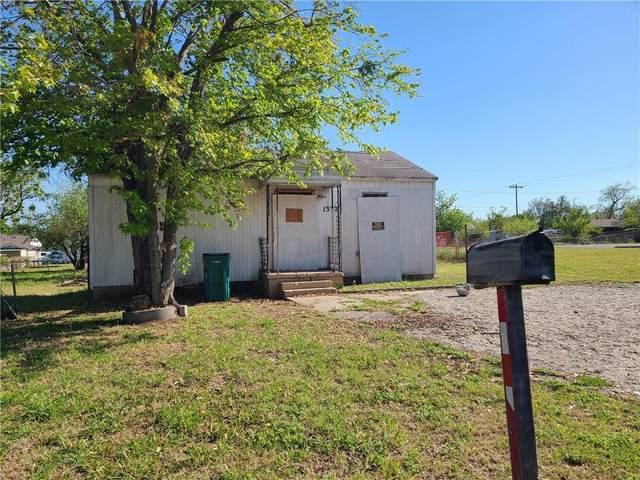 1332 SW 11th Street, Oklahoma City, OK 73108 (MLS #954934) :: Erhardt Group at Keller Williams Mulinix OKC