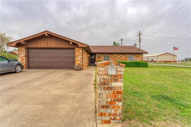 405 W Adams Street, Mangum, OK 73554 (MLS #954963) :: Keller Williams Realty Elite